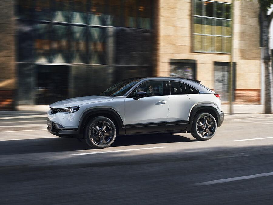 Mazda MX-30 snart på plass i vår forretning på Østerås.